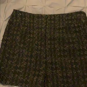 Calvin Klein Skirts - Calvin Klein black & gold lined, wool mini skirt.
